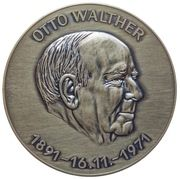 Medal in memorian of Otto Walther – avers