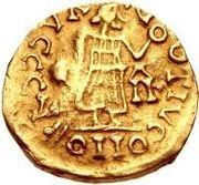 1 tremissis Godomar II / Au nom de Justin I, 518-527 (Lugdunum/Lyon; avec monogramme à droite) – revers