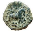 Bronze au profil féminin et à la fibule (Bellovaques) – revers