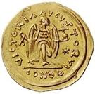 1 tremissis Au nom de Justinien I, 527-565 (glands croisés; tout droit) – revers
