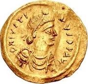 1 tremissis Au nom de Justin II, 565-574 (Victoire face à droite; avec étoile et debout) – avers
