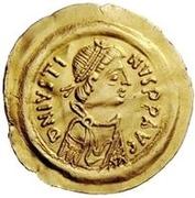 1 tremissis Au nom de Justin II, 565-574 (Victoire face à gauche; petit ruban) – avers