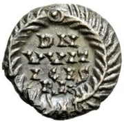 ½ silique Vitigès / Au nom de Justinien I, 527-565 (Ravenne) – revers