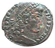 Follis - Constance II (GLORIA EXERCITVS, un seul étendard, Constantinople) – avers