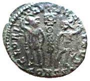 Follis - Constance II (GLORIA EXERCITVS, un seul étendard, Constantinople) – revers